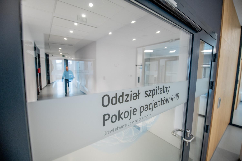 Medicus clinic klinika wnętrze oddział szpitalny wejście